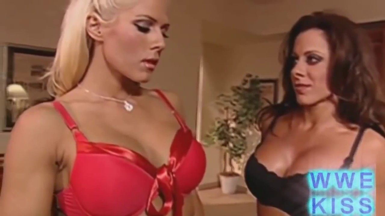 Hottest lesbians on earth