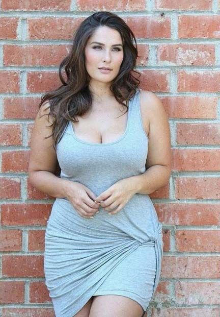 Attractive full figured women