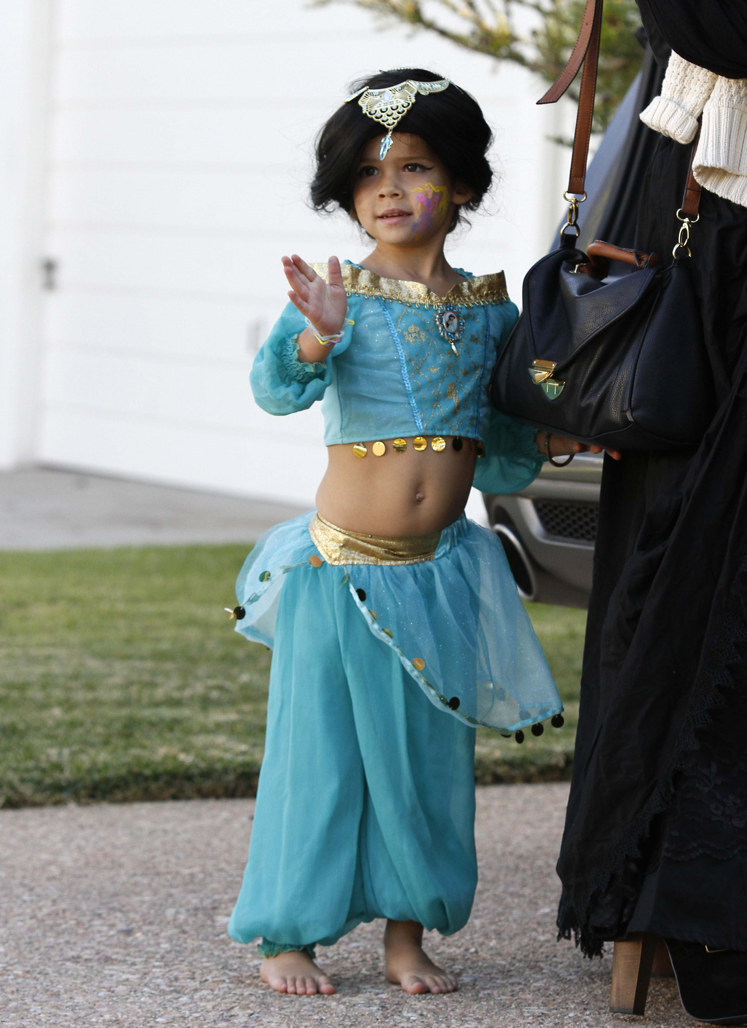 Guess the celebrity genie
