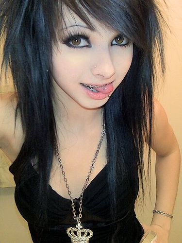 Emo teen on cam