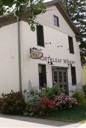 Northleaf winery guest house