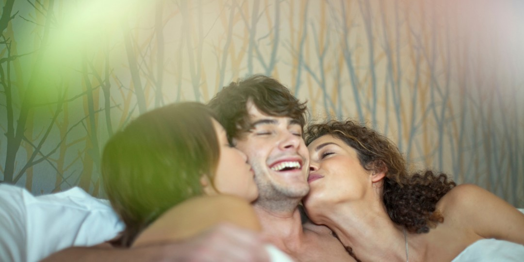 How to conduct a threesome