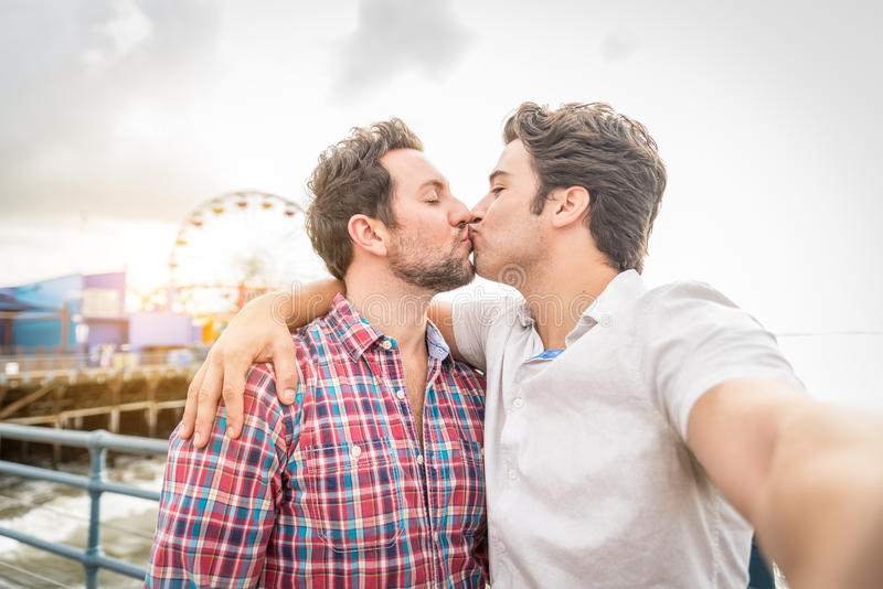 Homosexual dating