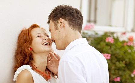 How to seduce a man to kiss you