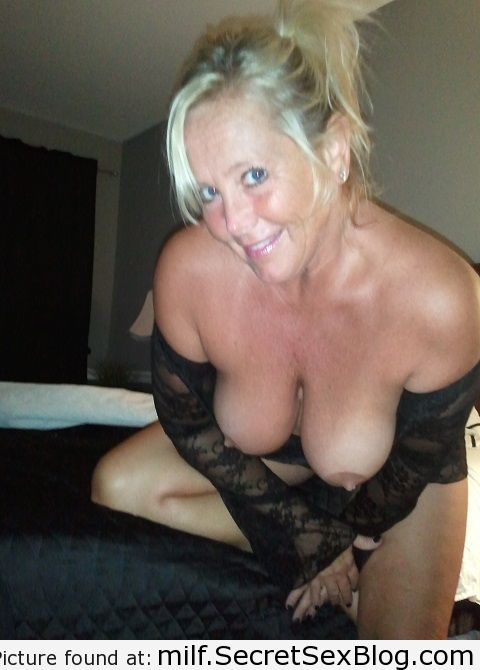 Milf hook up com